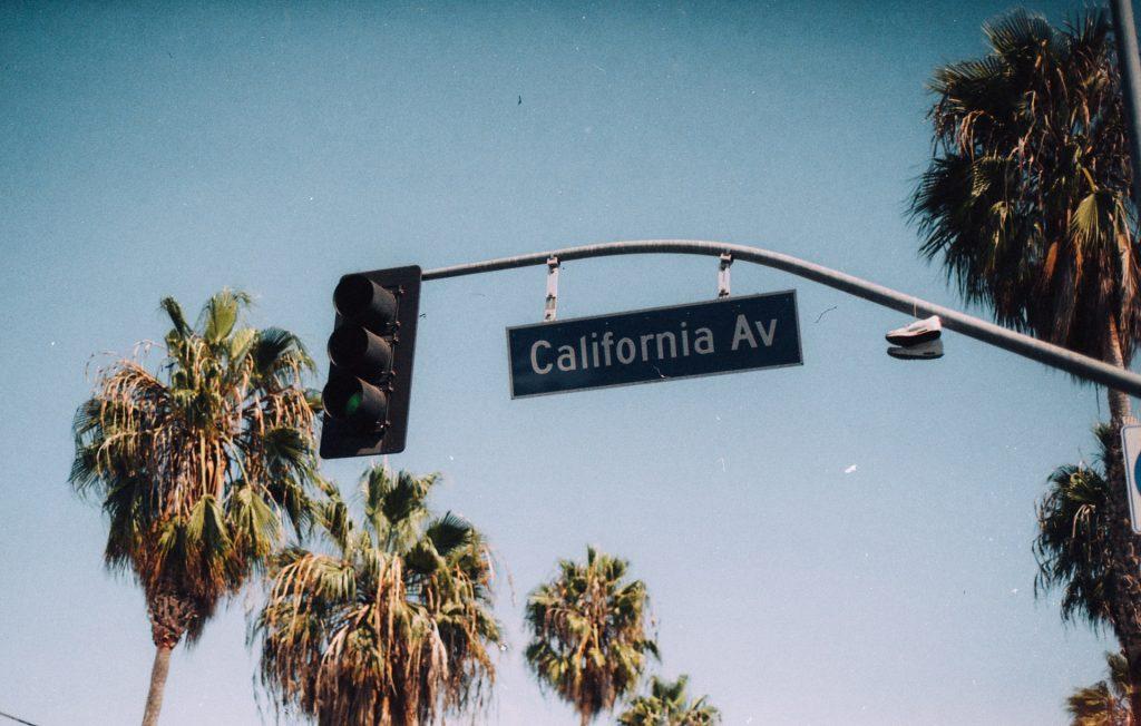 California Av sign